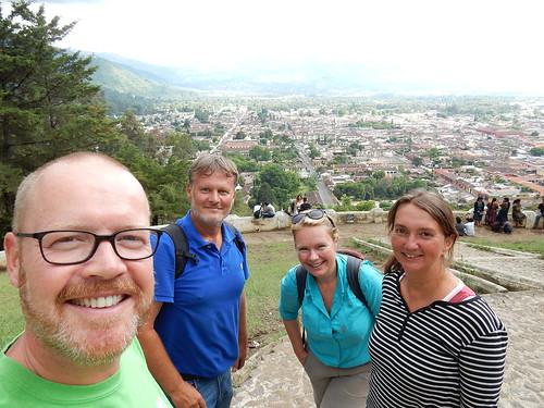 Antigua - hike de berg op met Birger en Chris