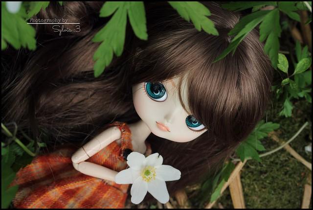 Bonnie & flower
