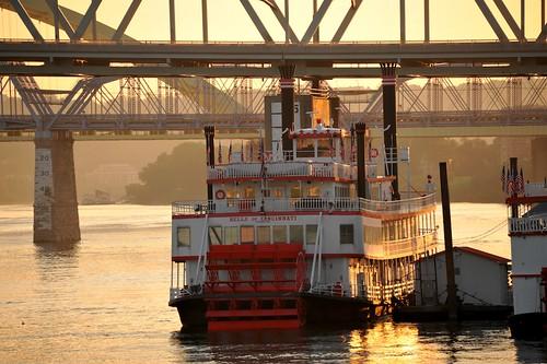sunrise ohioriver newportky bbriverboats belleofcincinnati nikond700