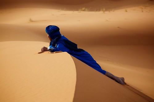 sahara sunrise gold sand dunes morocco camels touareg blueman wasgettinglate onehouraftersunrise