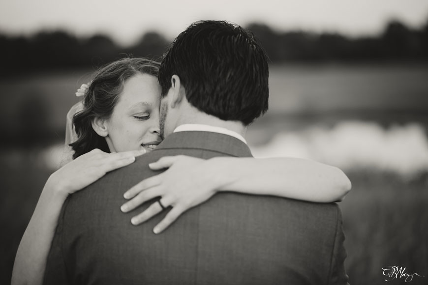 B&W_Bride_Groom_Shoulder