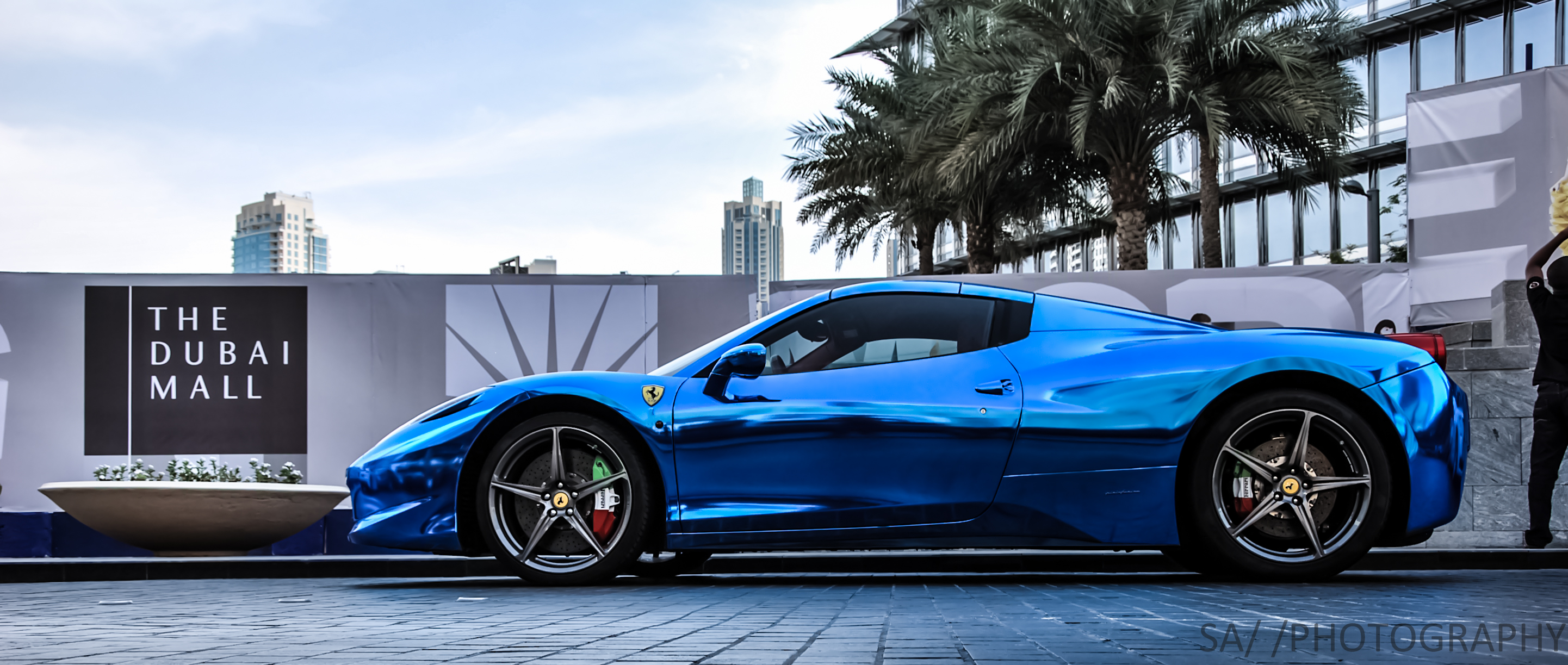 ferrari 458 italia in blue chrome os 2883 x 1223 - Ferrari 458 Italia Blue