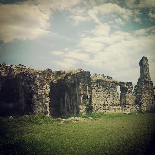 Руины дворца последнего владетельного князя Абхазии из династии Чачба, десятый век