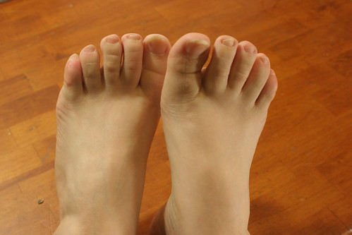 sell foot fetish photos