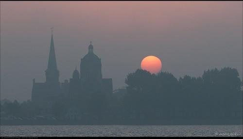 mist fog hoorn sunrise geotagged nederland sunspots nld zonsopkomst koperenploert provincienoordholland peterbijkerkeu galgenbocht grootewaal zonnevlekken geo:lat=5263669128 geo:lon=503890514