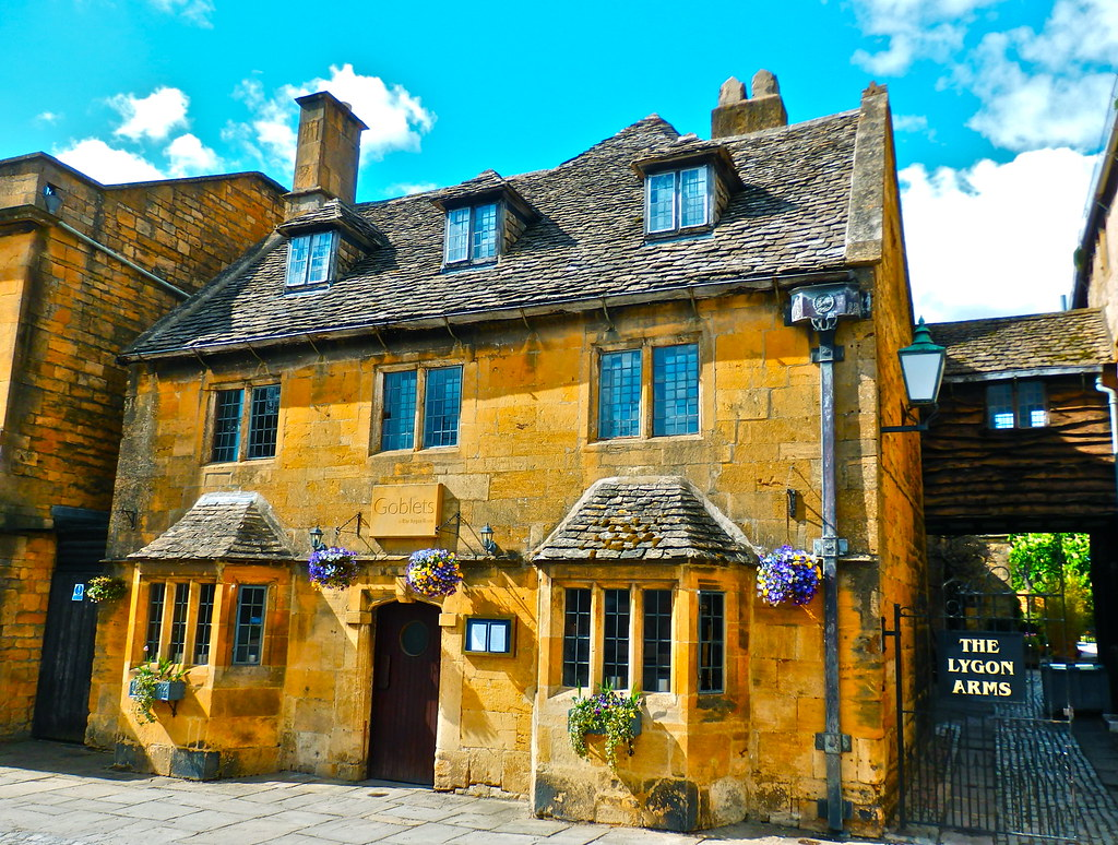 Broadway Worcestershire England Around Guides