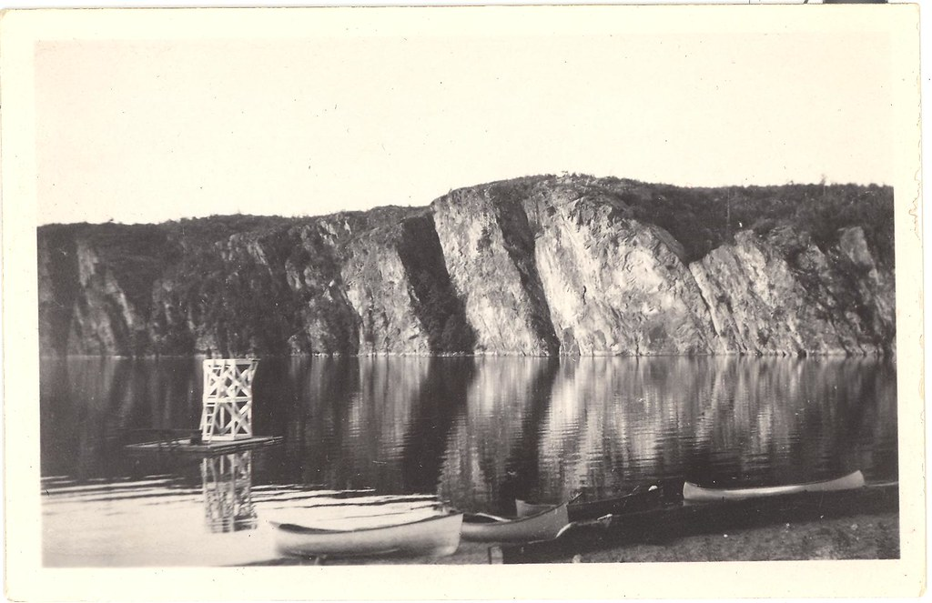 Mazinaw Rock & dive tower c1932