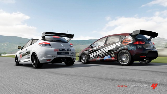 FM4_Forza742
