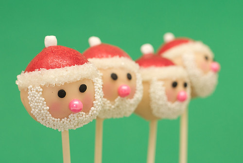 Santa Christmas Cake Pops