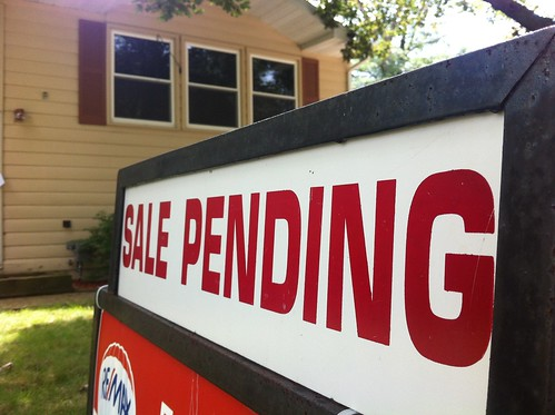 5 Easy, Simple Tricks to sell your house fast