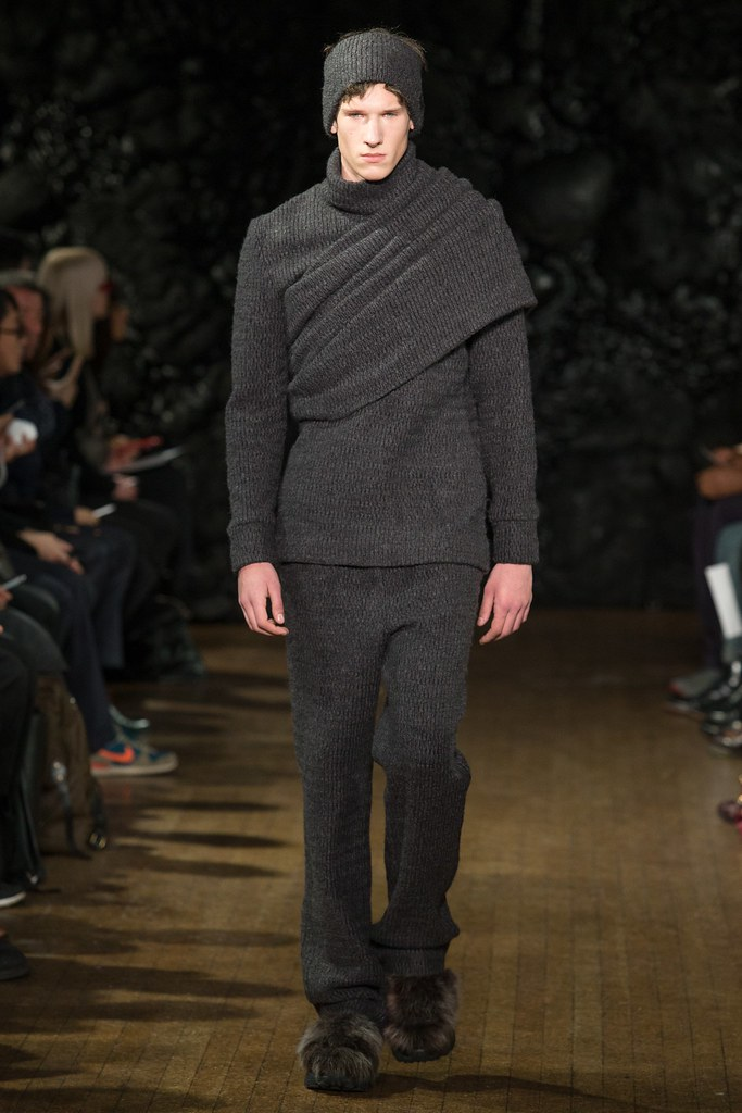 FW14 London Xander Zhou012_Botond Cseke(VOGUE)