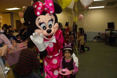 boodi with Minnie Mouse, STL, 060414