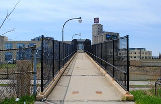 Pedestrian Bridge over Interstate 43