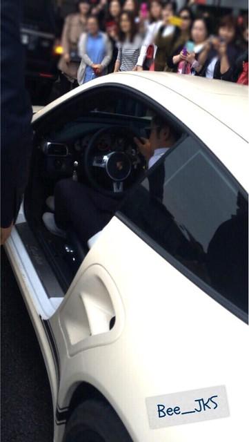 [Pics-2] JKS returned from Beijing to Seoul_20140427 14031931532_61cdd83848_z