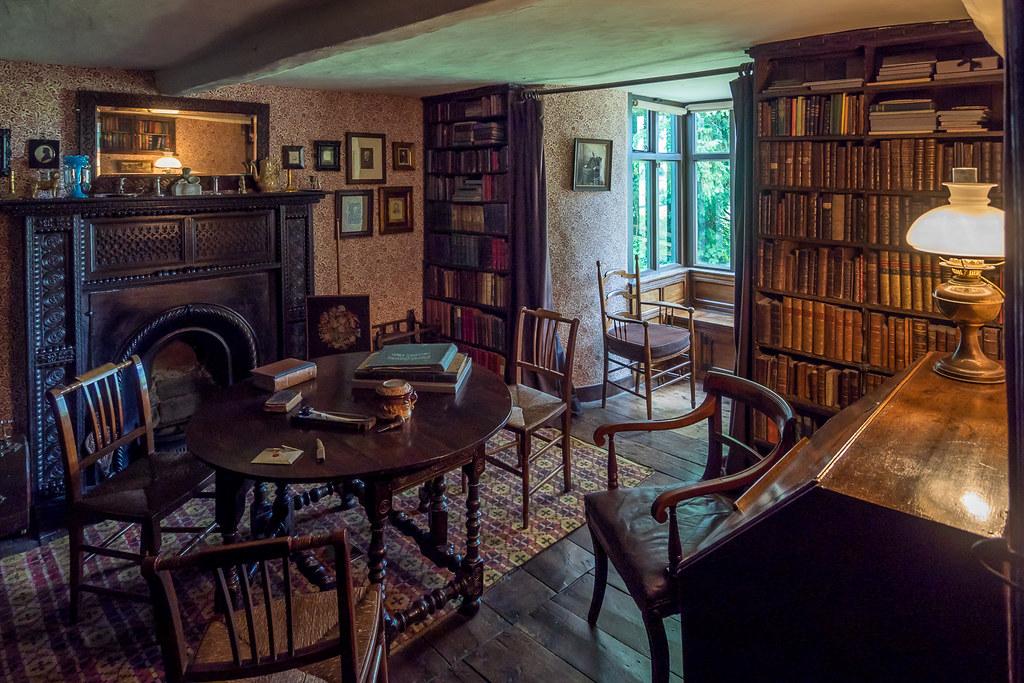 Cozy Library, Townend, Lake District