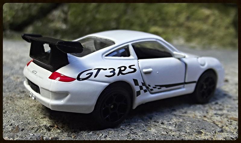 N°209D Porche 911 GT3RS. 16295680158_0eab5216b1_c
