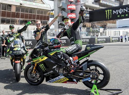 Tim dan pebalap Monster Yamaha Tech 3 bergaya Z Style di sirkuit Le Mans (1)