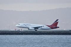 TACA Airbus A-320 N683TA touchdown, 28, SFO  DSC_1002