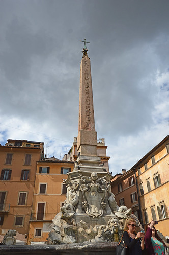 Fontana del Pantheon 06