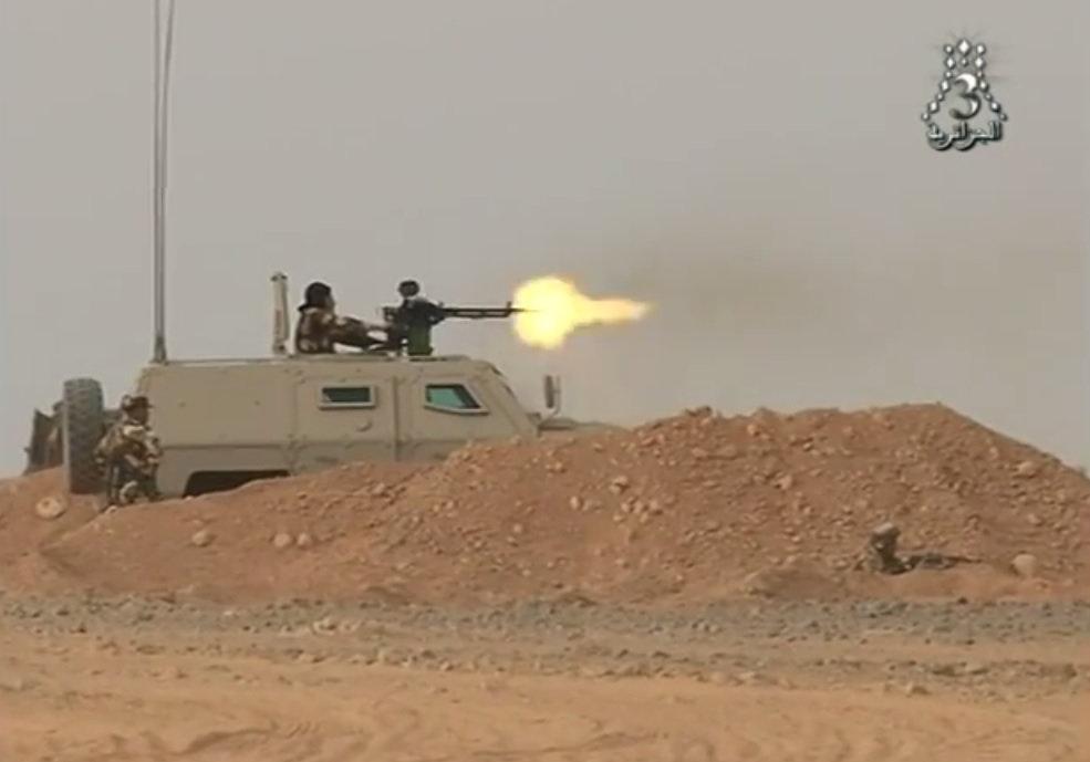 الصناعة العسكرية الجزائرية عربات ( النمر )  27587315900_4493806e1a_o