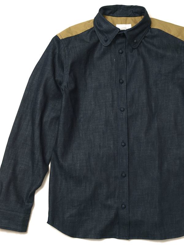 VA-VA / Covered Button Tent Shirt