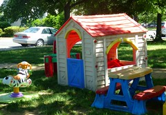 outdoor structure(0.0), play(0.0), games(0.0), backyard(1.0), playhouse(1.0), outdoor play equipment(1.0), playground(1.0),