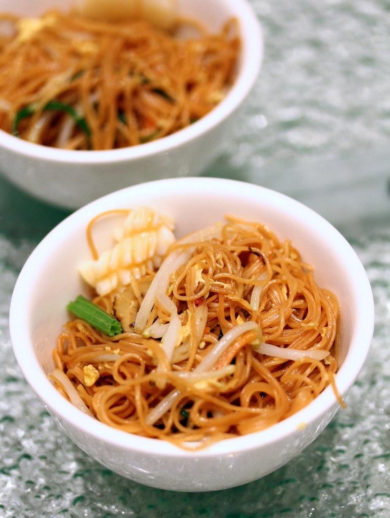 Chui Huay Lim Teochew Cuisine's Teochew Seafood Fried Mee Sua