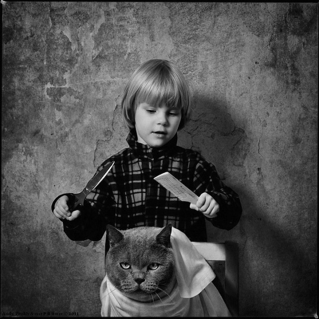 Friendship-Between-a-Girl-and-Her-Cat4-640x640