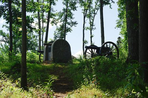 Knap's Battery (Pennsylvania Light Artillery, Battery E) monument on Power's Hill