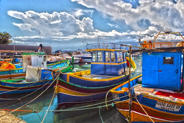 HDR boats