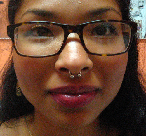 Piercing septum Pupa Tattoo, Granada by Marzia PUPA Tattoo