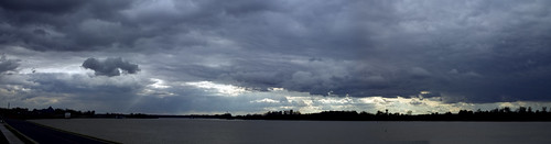 ohio-river-clouds-pan