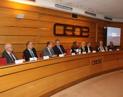 COMSA EMTE shares its experience in the CERN at a CEOE conference