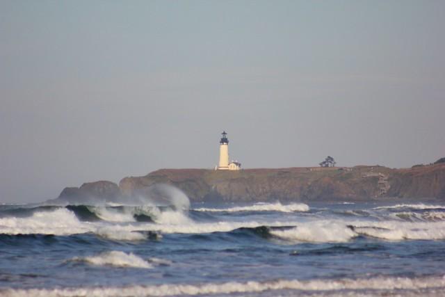 Yaquina HeadLighthouse waves Nov 11, 2013 062
