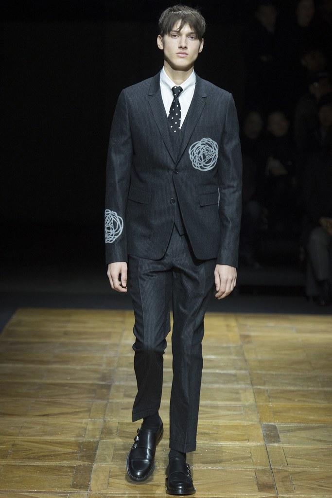 FW14 Paris Dior Homme039_Luca Stascheit(VOGUE)