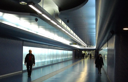 """""""By the Sea... You and Me"""" by Robert Wilson (2012) - """"Toledo"""" Underground Station in Naples"""