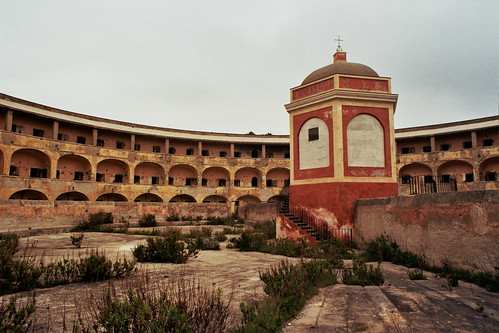 Panopticon, carcere borbonico di Santo Stefano