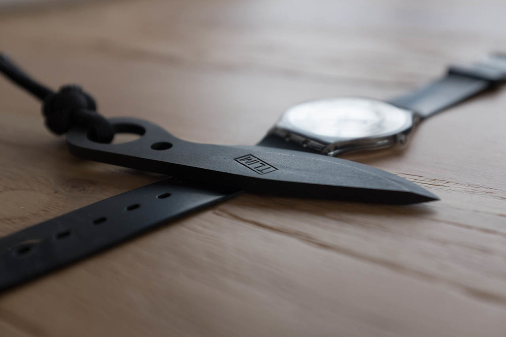 A couper le souffle: Montres et couteaux... - Page 6 14015498311_7100cf9f9a_b