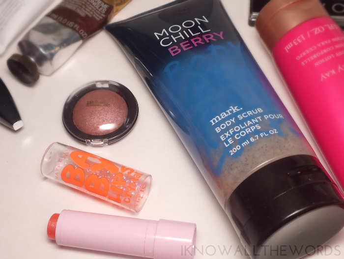 maybelline baby lips crystal, mark soft shimmer shadow, and mark moon chill berry scrub