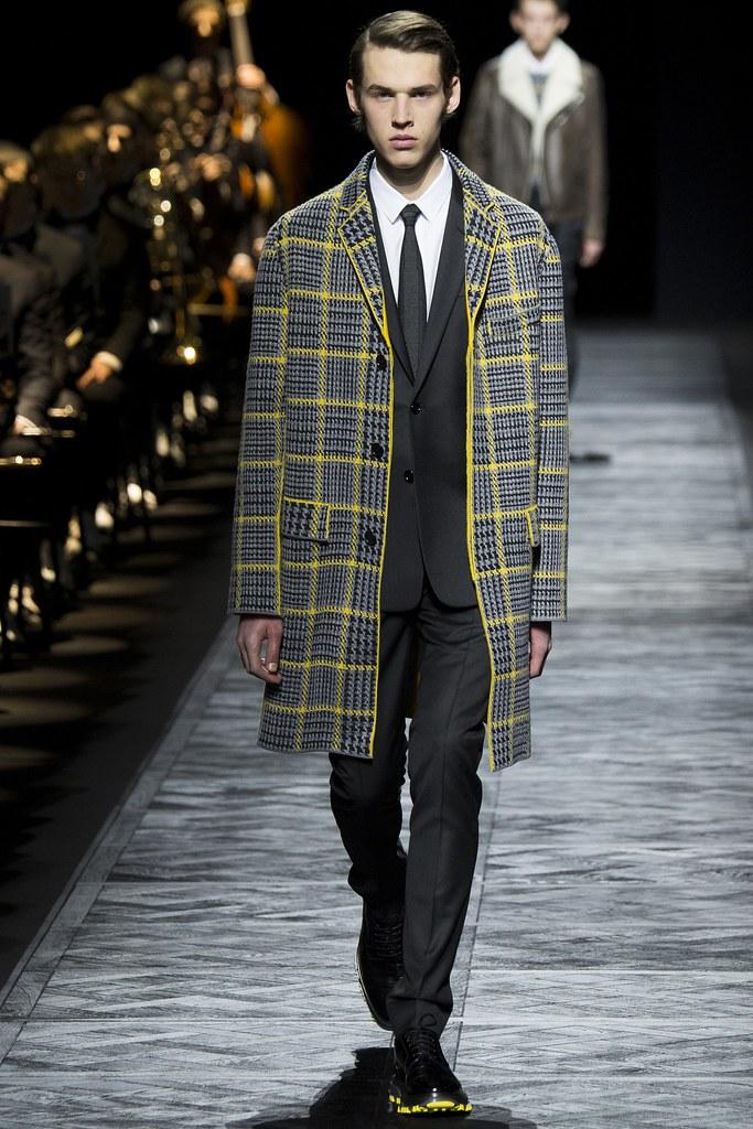 FW15 Paris Dior Homme034_Artur C @ TIAD(VOGUE)