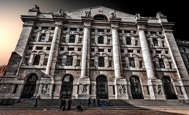 Milan - Midnight Palace, the Stock Exchange Palace in Business Square