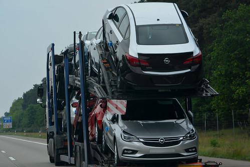 Opel Astras on transport