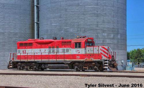 old loco iowa locomotive dows