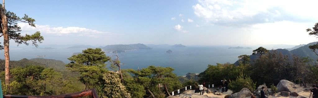 宮島、弥山(みせん)山頂で撮影したパノラマ写真