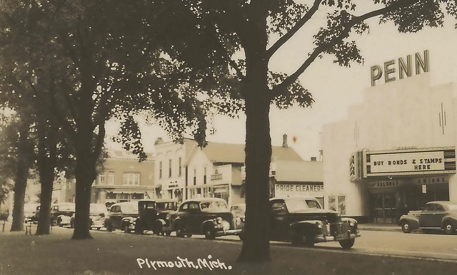 Se Plymouth Mi Rppc 1930s Penn Theater Downtown Gathering