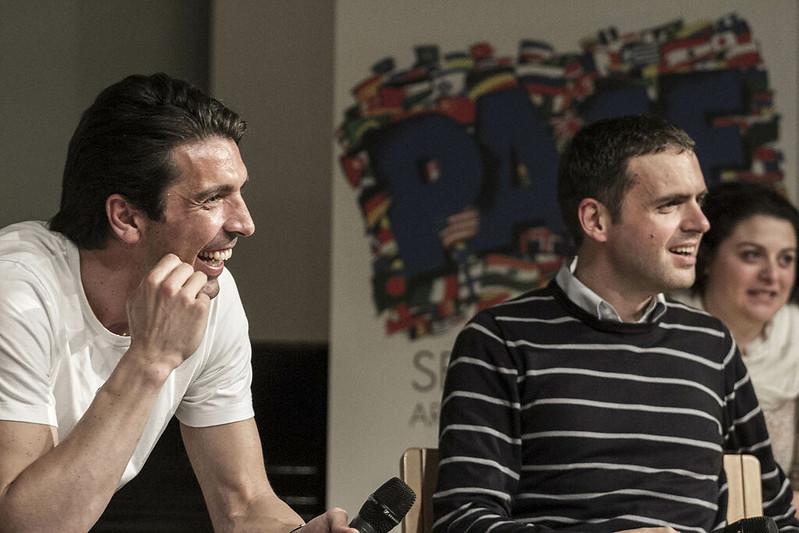 Video e foto di Gigi Buffon all'Università del Dialogo del Sermig