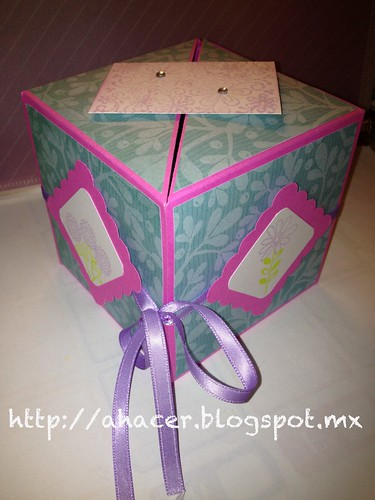 Cubo para mamá, para el reto de Piensa Scrap de mayo. Blog: http://ahacer.blogspot.mx