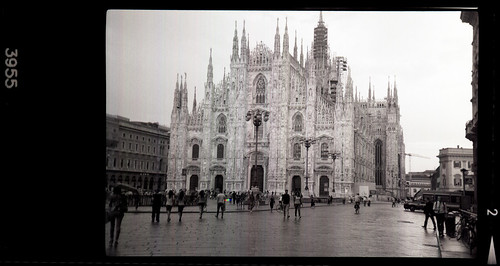 Piazza Duomo in the rain by pho-Tony