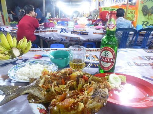 Makassar-Restos-Bar (2)