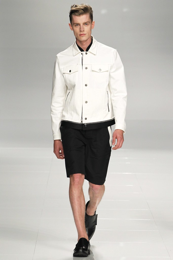 Janis Ancens3127_SS14 Milan Iceberg(vogue.co.uk)
